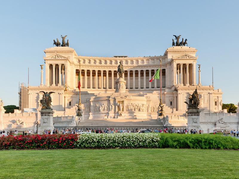 roma-transfer-tour-ncc-piazza-venezia-il-vittoriano